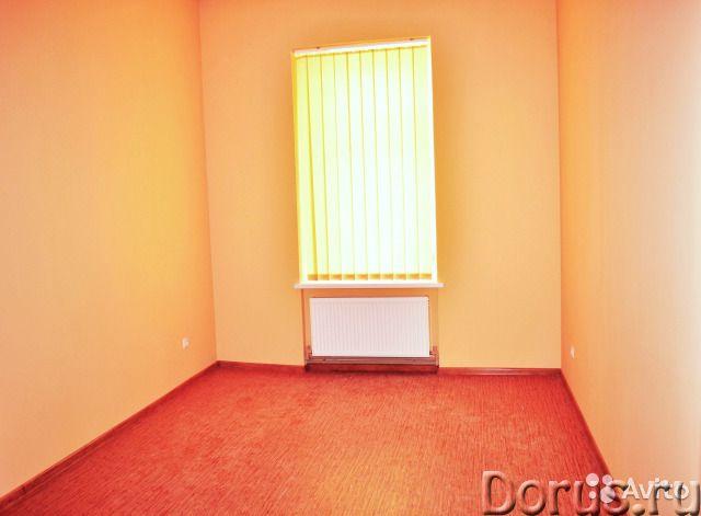 В центре Севастополя благоустроенный офис площадью 18 кв.м - Офисы - Сдается в аренду нежилое помеще..., фото 1