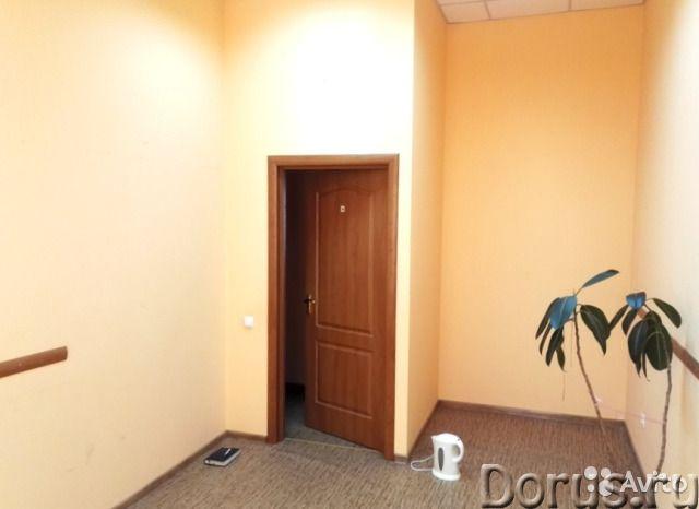 В центре Севастополя благоустроенный офис площадью 18 кв.м - Офисы - Сдается в аренду нежилое помеще..., фото 2